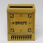 BB14 - kleiner Briefkasten Jugendstil, Metall