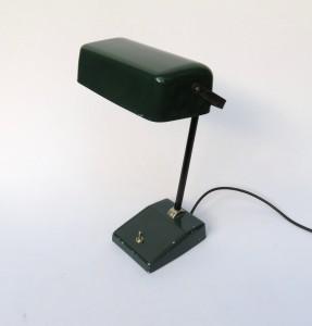 B11 - Bankerleuchte Frankreich, 50er Jahre, grün emaillierter Schirm