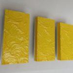 W206 - 3 Stück Wandleuchten, Uwe Mersch Design, gelbes Kunststoff, Aluminium, 70er Jahre