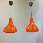 D151 - 1 Paar Deckenleuchten, Peill & Putzler, 70er Jahre, Überfangglas orange