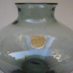 3. Vase von links