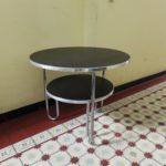 T1 - Schlaufentisch, Herstelller: Mauser, Metall, Linoleum - schwarz