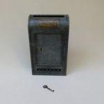 BB37 - etwas größerer Briefkasten, Jugendstil, Metall