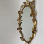 S6 - Spiegel, Wandspiegel, oval, 60er Jahre, Blattwerk und Rosen, blattvergoldet, bez. Made in Italy