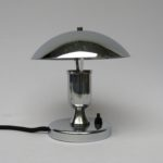 T94 - kleine Pilzleuchte Frankreich, Art Deco, verchromt