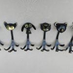 GA30 - 6 Stück Garderobenhaken Affe, Katze, Hund, Löwe, Bär, Kuh, 50er Jahre, Walter Bosse, 50er Jahre, Messing, schwarz