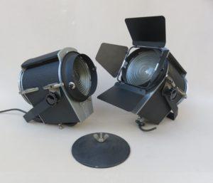 T34 - 1 Paar Theaterstrahler, Scher-Spot, 60er Jahre, Schrumpflack