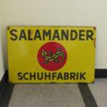"""W98 - großes Emailschild """"Salamander Schuhfabrik"""", bez. Ferro-Email, C. Robert Dold, Offenburg l. B., 50er Jahre"""