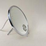 BZ30 - Tischspiegel, Vergrößerungsspiegel, Frankreich, Art Deco, bez. BTE S.G.D.G. Made in France, verchromt, beleuchtet, Le Mirophar Brot zuzuschreiben