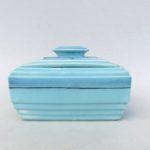 K50 - Gebäckdose, Art Deco, Keramik, hellblau, strenge Form