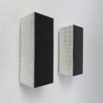 W64 - 1 Paar Wandleuchten, kubistisch, 60er Jahre, schwarz und weiß
